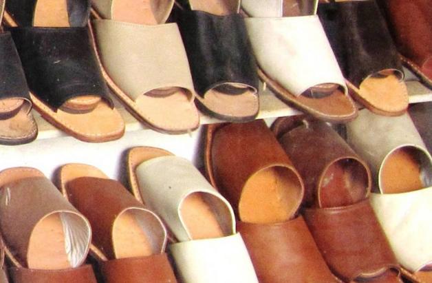 احذية قطاع الجلود و الاحذية