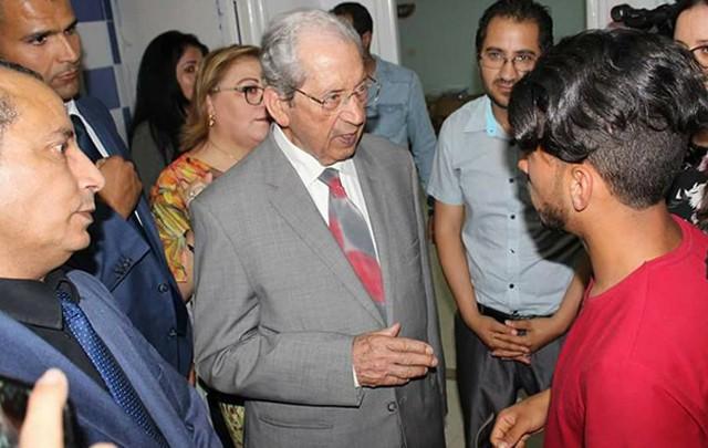 محمد الناصر في  زيارة المركز المندمج