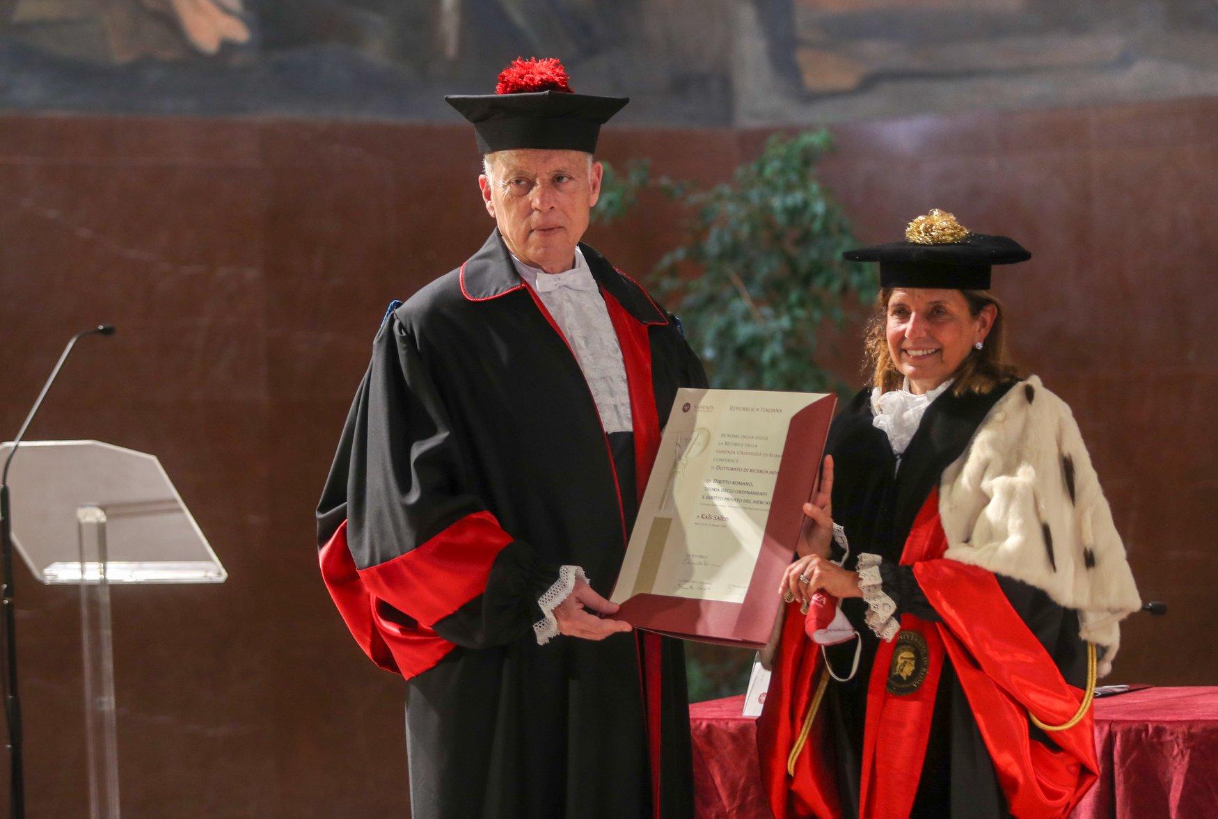 جامعة ايطاليا